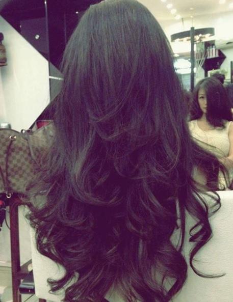 Long hair textured layers